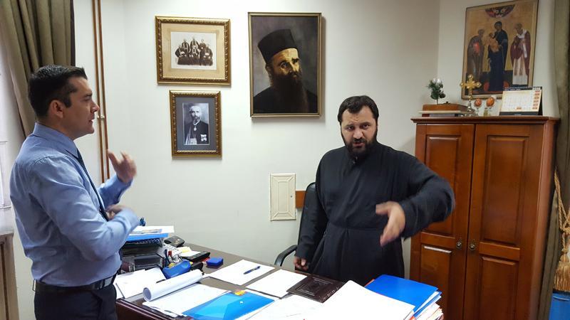 Иеромонах Анджелко и Сергей Щеглов. Цетиньский монастырь, 9 ноября 2016.