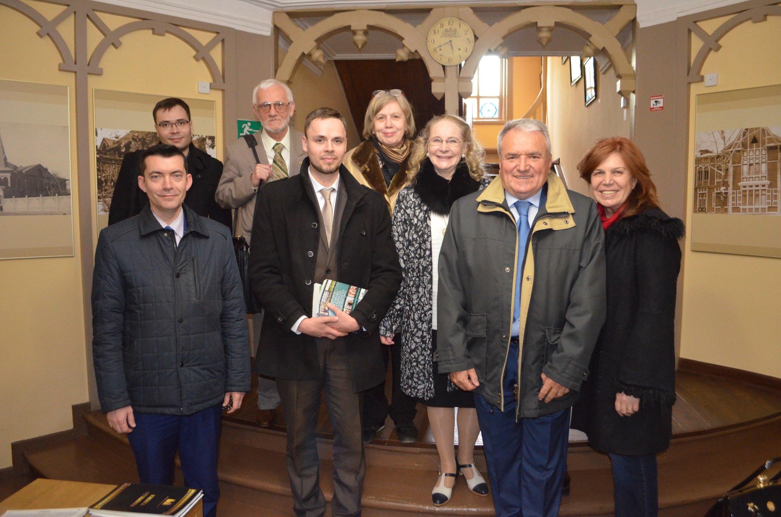 Участники презентации книги Сречко Джукича в Красноярском литературном музее, май 2018.