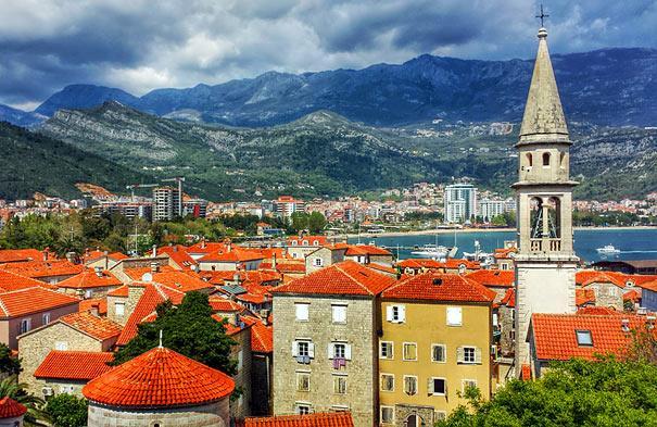 Черногория увеличила срок безвизового пребывания для Россиян. Фото: Алексей Чурилов